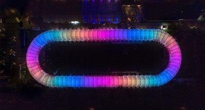 Regenboog verlichting Schaatsbaan Rotterdam